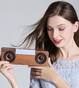 Subwoofer Bluetooth Speaker 2*4W Wooden-Made with FM Radio