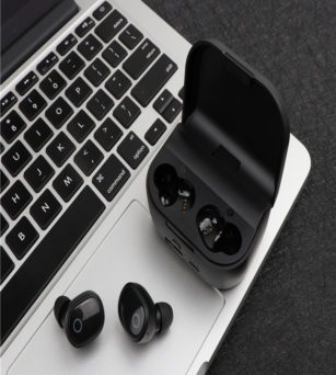 WYN-204 BT 5.0  TWS earbuds with 2000mAh charging case