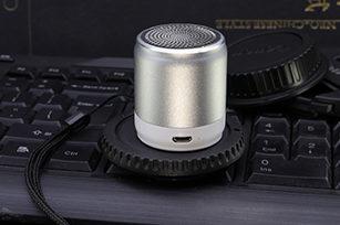 MINI  TWS  Remote shutter 3W Bluetooth Speaker for Cellphone